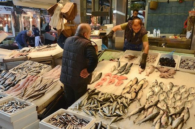 jak szybko rozmrozić rybę