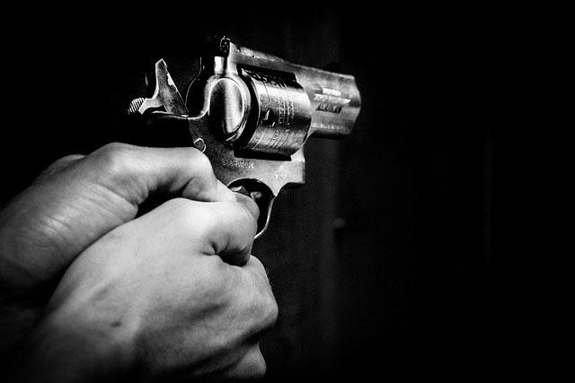 Warto nauczyć się strzelać z pistoletu