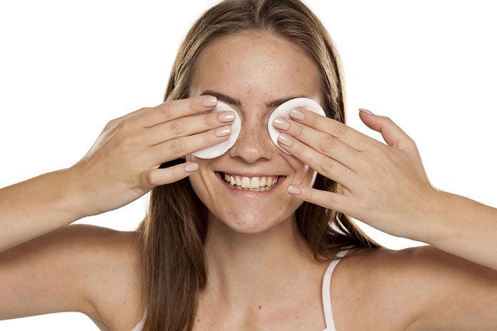 Mleczko micelarne czy tonik – co jest lepsze dla skóry