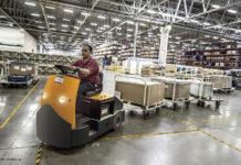 Odzież pracownicza, robocza, firmowa – co warto wiedzieć przed zakupem