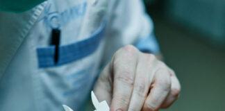 Plastyka powiek – co powinieneś wiedzieć o zabiegu